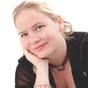 Soprano Nicole Thomson